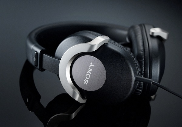 sony-mdr-zx700 3