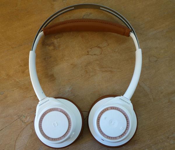 930c1e74884 Plantronics BacBeat Sense test On mag. Discret et élégant, le BackBeat ...