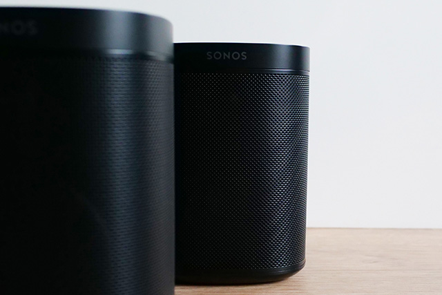 sonos one x2 zoom. Black Bedroom Furniture Sets. Home Design Ideas