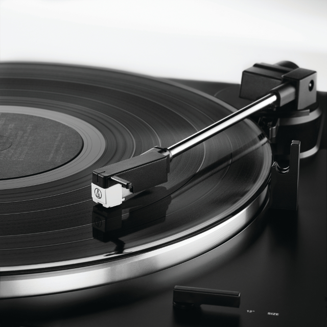 Audio Technica AT LP60x Platine Vinyle 01