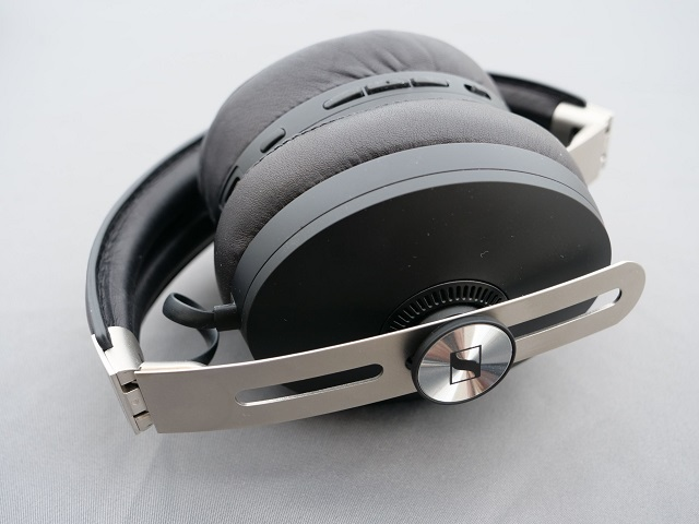 Sennheiser Momentum 3 Wireless 9