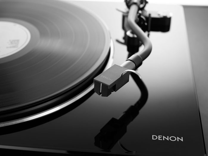 Denon dla110 with turntable